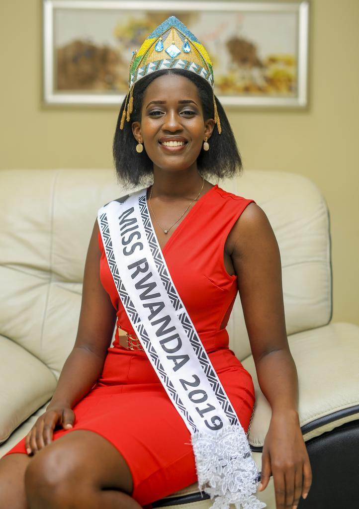Meghan Nimwiza (RWANDA 2019) DyA2-AYX0AAe4vy