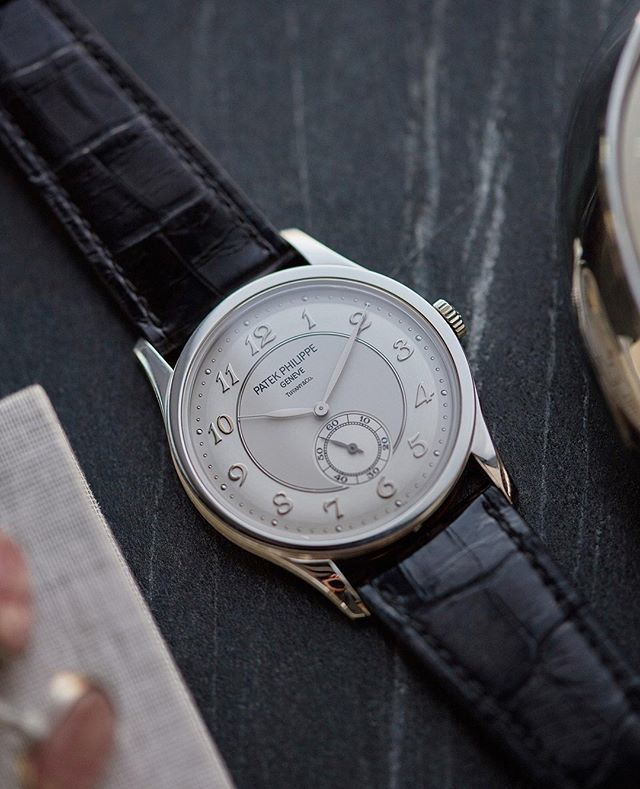 A Collected Man In A 37mm Platinum Case Patekphilippe X27 S
