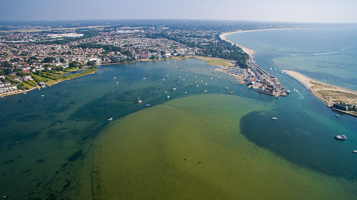 Discover Christchurch's spectacular coastline from our beautiful harbour to the beaches at Mudeford, Friars Cliff & Highcliffe... #LoveXChurch  #Christchurch #Dorset #VisitEngland #Travel #ChristchurchHarbour #MudefordQuay #MudefordSpit #FriarsCliff<br>http://pic.twitter.com/Fvb3tVKXzQ