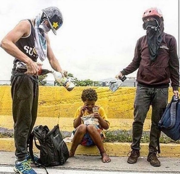 "Maduro: ""¡El Imperialismo quiere matarme!"" DyBhamiW0AERPbU"