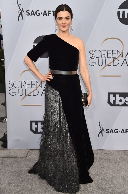 Screen Actors Guild Awards - Page 12 DyCTR5WXQAAvLg_