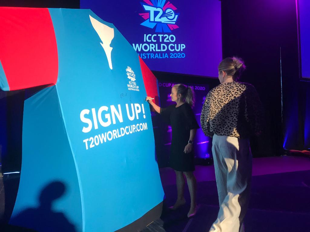 Introducing the #BigShirt!  It will be travelling around Australia gathering support for the Women's #T20WorldCup and in the process aiming to break a world record for the most signatures on a piece of sporting memorabilia!