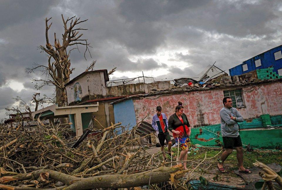 #Cuba's strongest #tornado in nearly 80 years kills at least four https://t.co/l9lZQThhfC