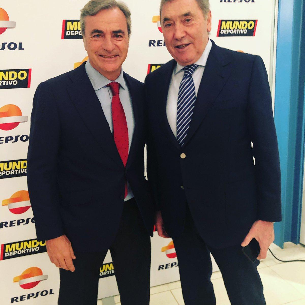 ¿Cuánto mide Eddie Merckx? - Real height DyELNYKW0AAcq-D
