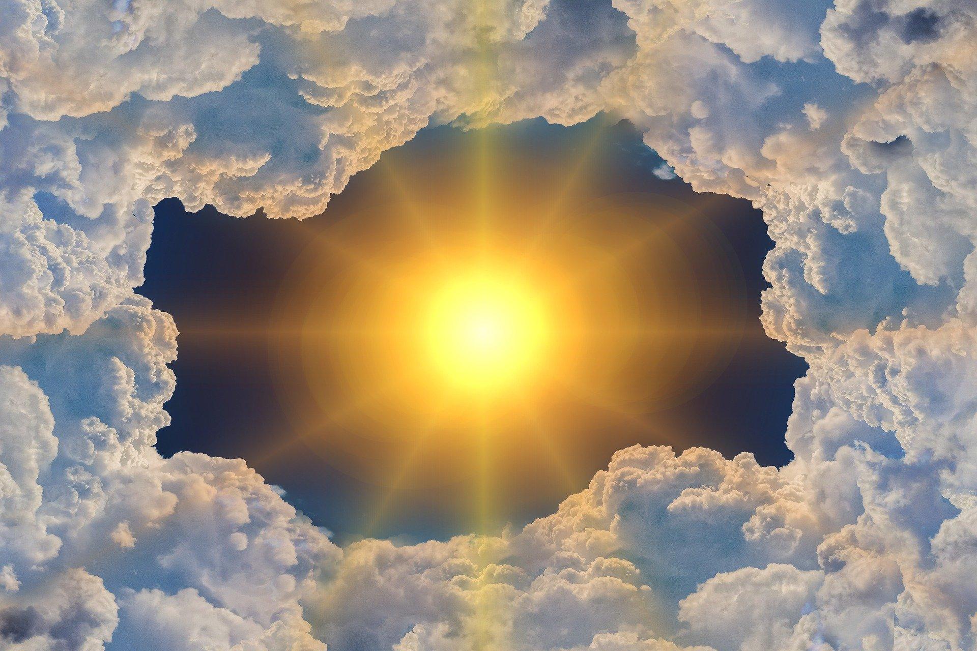 Лет женщине, фото день солнца