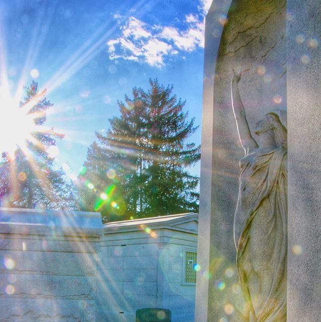 In touch with the Divine at Laurel Hill Cemetery. #graves #monuments #cemetery #laurelhillcemetery #tv_churchandgraves #light #sunflare #sculpture #sculptures #philadelphia #philly #phillygram #phillymasters #phillyunknown #phillyprimeshots #igers_philly… http://bit.ly/2DHIqfl