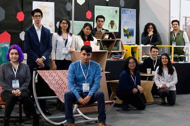 Alumnos de la @UAM_Comunidad exponen en el mayor encuentro de proveedores de muebles en México   https://goo.gl/NZjNqq