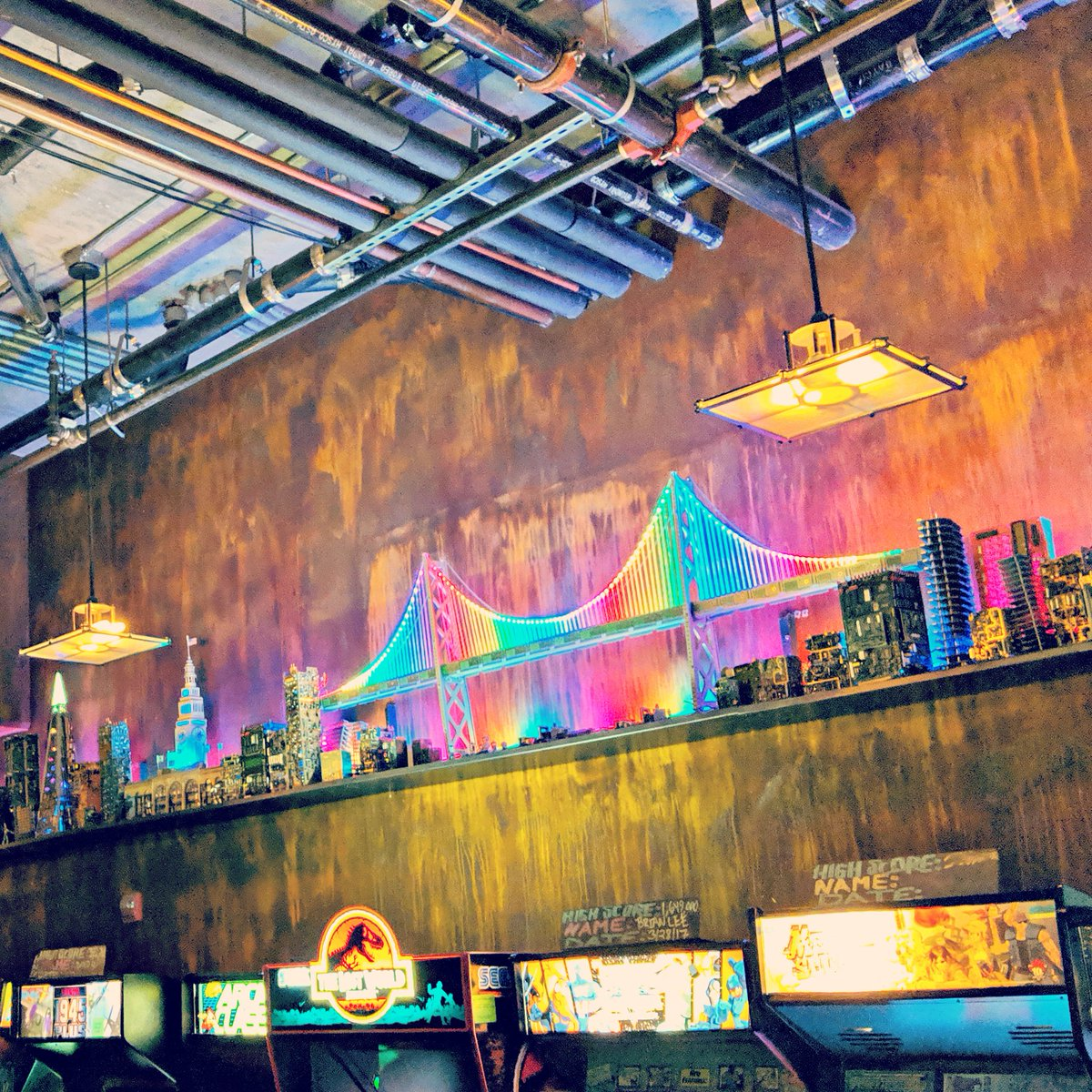 Did someone say @brewcadesf?? I'm always down for #brewcadesf! Let's go!!!  #sanfrancisco #arcade #adultarcade #drinks #insertcoins #pinballwizard #pinball #goldengatebridge #rainbow #rainbowlights #myfav #sofun #castro #local #locallove #skyline  https:// bayareabeautyblogger.com/2019/01/23/how -to-live-a-sustainable-lifestyle-with-kids/  …  <br>http://pic.twitter.com/1fddoGjcYv