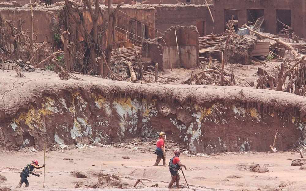 c27f36b18fd Samarco não pagou nenhuma multa aplicada pelo Ibama após rompimento de  barragem em Mariana
