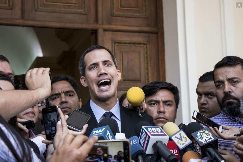 #Venezuela bars self-declared president #JuanGuaido from leaving country https://t.co/2ZCXDha9wZ