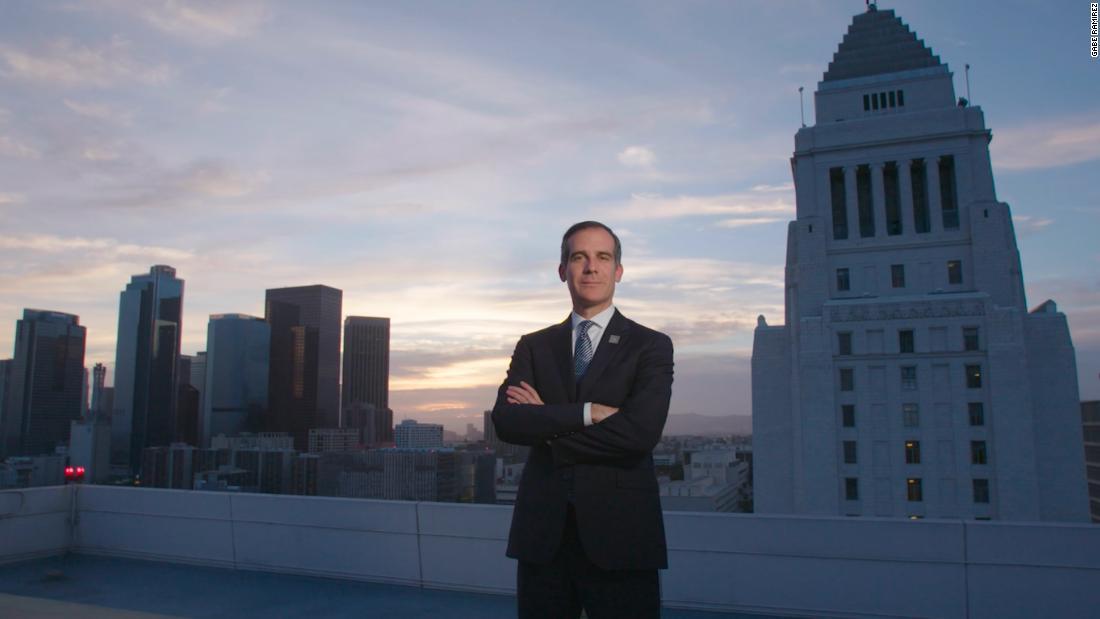 Los Angeles Mayor Eric Garcetti says he won't run for president https://t.co/GazQSplhLL https://t.co/VChyfJCKwS