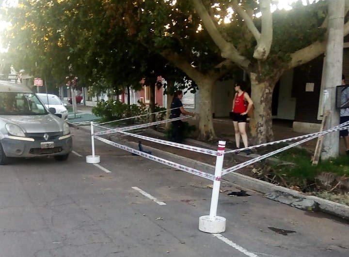 #SantaRosa | Soliicitan circular con precaución sobre calle Ameghino entre España y Roque Saenz Peña
