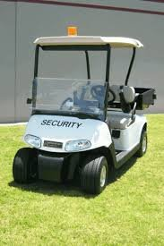 Kaneohe man caught driving stolen security cart from Windward Mall