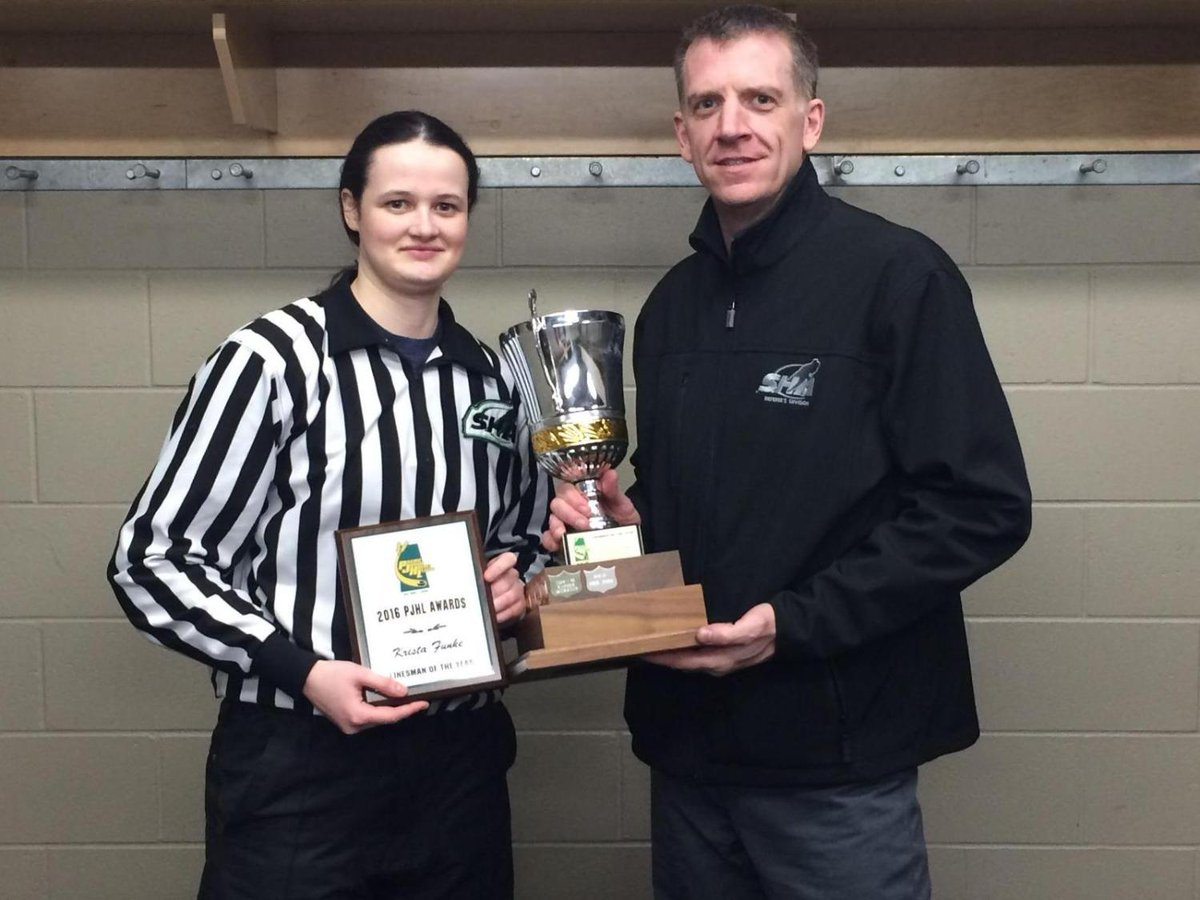 Krista Funke was diagnosed with depression in 2012. This year, she's donating all of her refereeing money to charitable causes  https://t.co/K9zTfJUHFN #BellLetsTalk #BellLetsTalkDayD#BellCausea#mentalhealthy#CMHA #yqr
