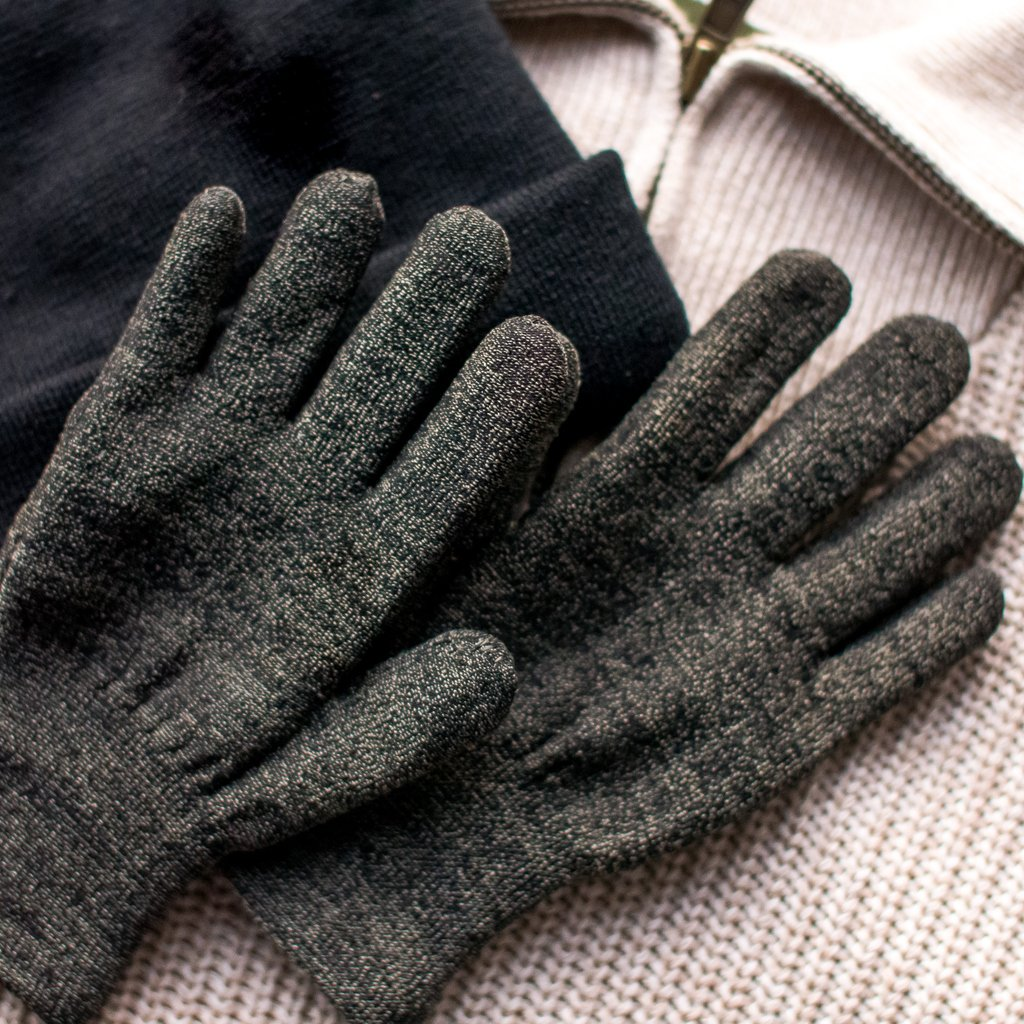 All our gloves come with a 30 day Return or Exchange!  🛒 http://www.glidergloves.com/amazon #WinterAccessories #TouchScreenGloves #GetOutside #WinterGloves #Sale #TouchGloves #OnlineShopping #SmartPhoneGloves #AmazonSales #BestSeller #FreeShipping #JanuaryDeals