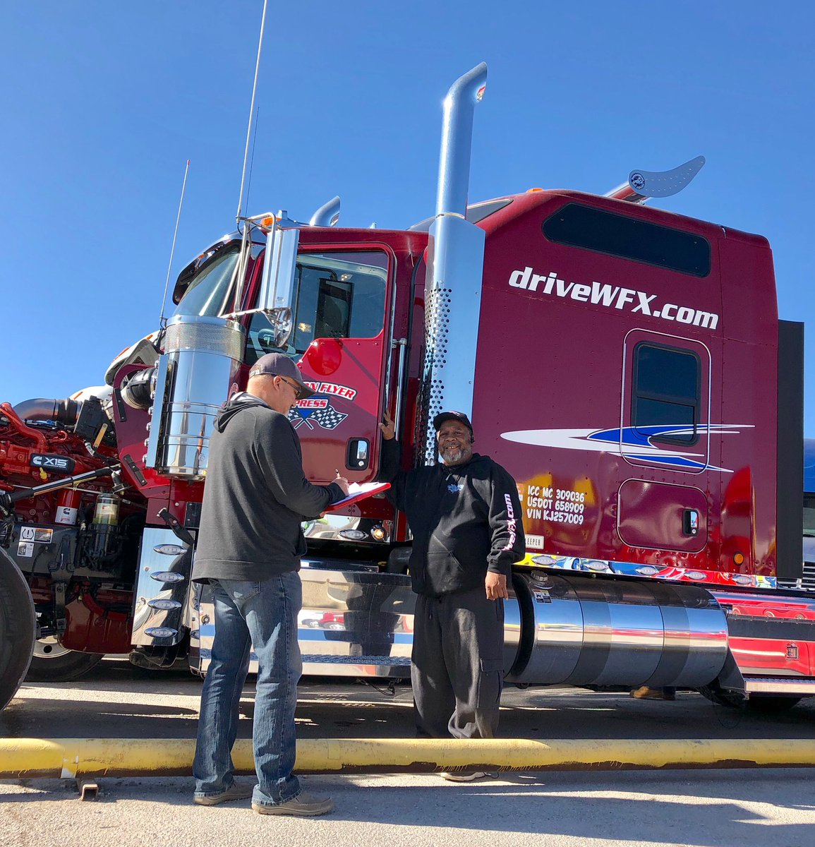 It's a beautiful day in OKC and Darryl's heading out in his W900. Our transition team gets him off to a great start. . . #driveyourdream #cdldriver #cdlcontractor #18wheelers #otrdriver #otrcontractor #bigrig #leasetoown #driveWFX #kenworth #truckdriver #drive
