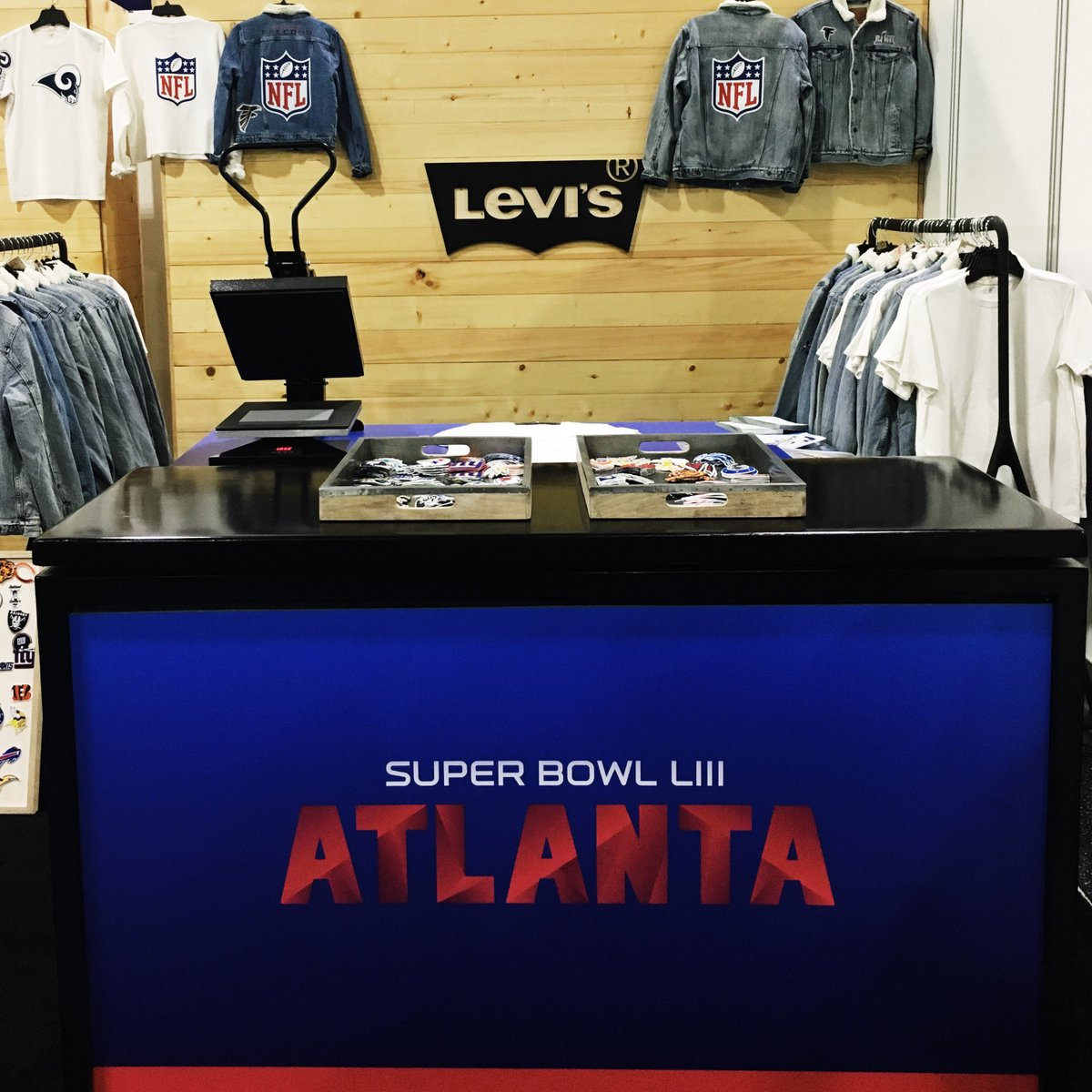 Atlanta-bound this weekend? Come visit the Levi's® pop-up Tailor Shop at the NFL Experience and get your custom gear for the game.