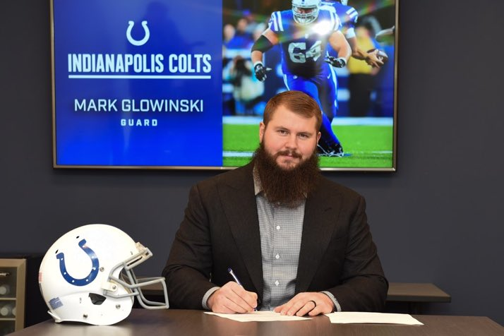 Thank you to the Colts organization for the opportunity to continue playing for you and our amazing fans ! 🙏🏼🙏🏼🙏🏼 So excited for next season. The future is bright for this young and hungry Colts team. #Colts #BlessedAndGrateful