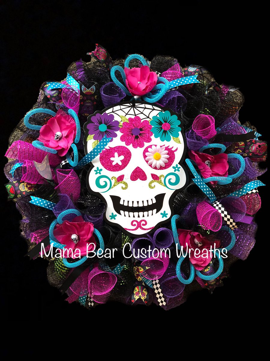 Mama Bear Custom Wreaths On Twitter Dia De Los Muertos Wreath Diadelosmuertos Wreath Diadelosmuertoswreath Halloween Halloweenwreath Homedecor Halloweendecor Diadelosmuertosdecor Https T Co Kifxa7qk2q