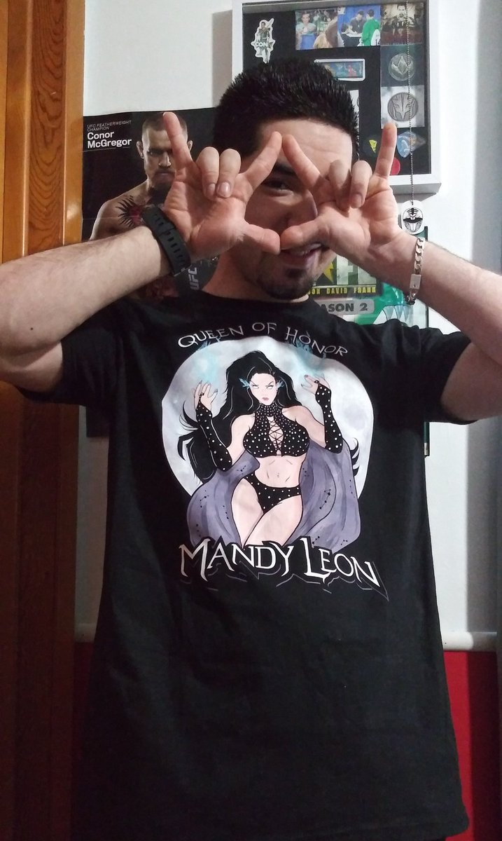 If you guys have not already, go and get @MandyLeonxo new shirt. If you are a fan of the Exotic Goddess, I highly recommend it! Support The Queen Of Honor with her new merch 🤟👁🤟 #MandyLeon #ExoticGoddess #QueenOfHonor #ExoticGoddessSupport