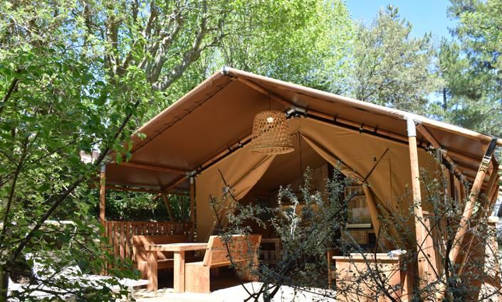nackt auf dem campingplatz