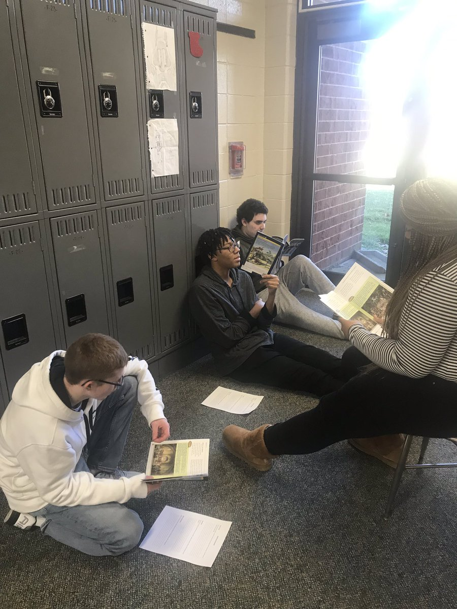 Flexible, small group learning with an integrated historical approach at the high school. Our teacher assistants play an important role in the classroom. #benchmarkliteracy #balancedliteracy @HillMrispo @BCSSPrincipal @OBJacquelene #bcsssdpride