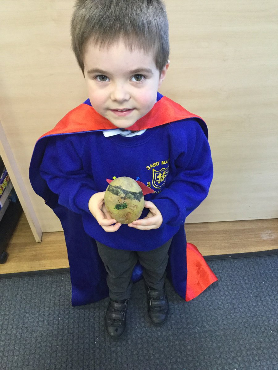 More fabulous Supertato creations by Reception for their homework task. I think it's safe to say that Evil Pea won't get to your office now @ExecHTStMarys #Supertato #EvilPea #EyfsAdventures