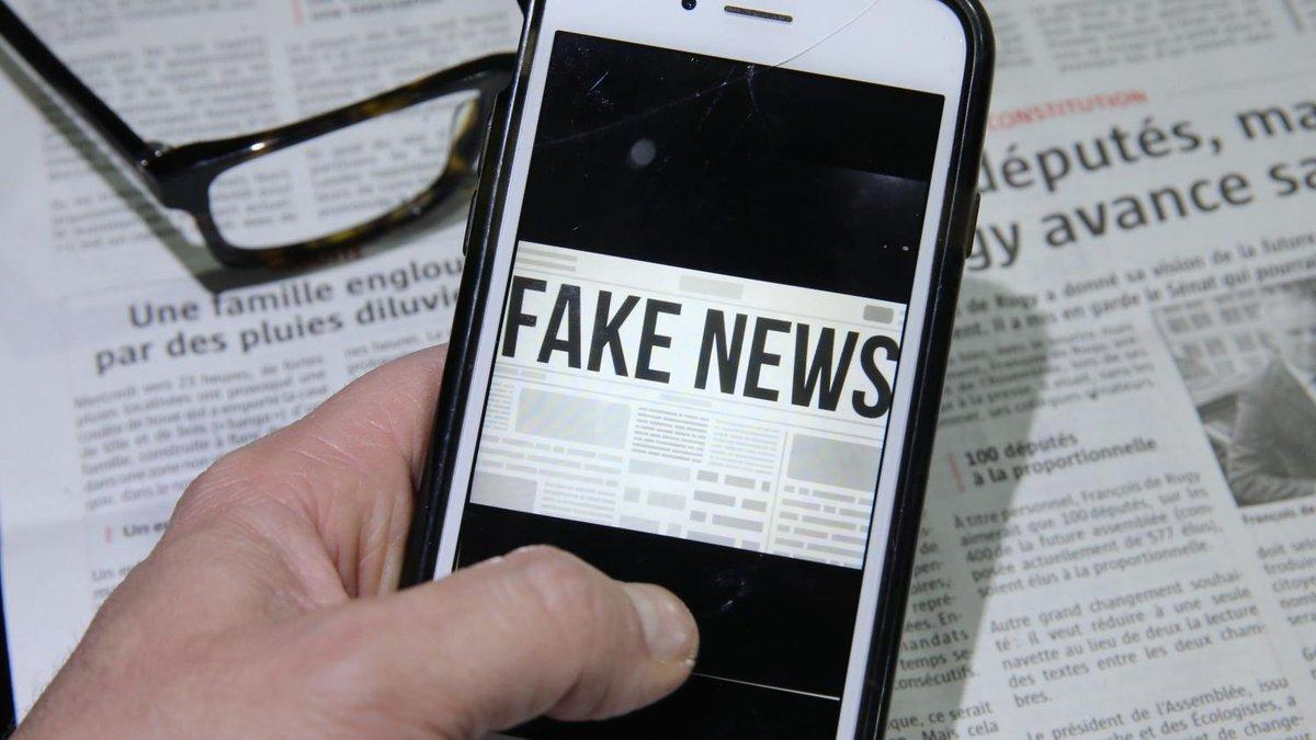 """""""Fake news"""" : 30% des Français reconnaissent avoir déjà relayé des infox  https://www.francetvinfo.fr/internet/reseaux-sociaux/facebook/fake-news-30-des-francais-reconnaissent-avoir-deja-relaye-des-infox_3169867.html…"""