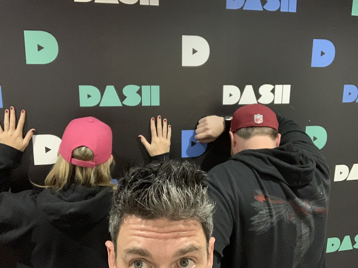 We're ON!!! Show #67 with @eddiepence @jenmurphycomedy & special guest @tbarnett23 @SuperBowl pics WHY @AntDavis23 WILL be a @Lakers inside of a week, and #fandomsportstheater with @TheNotoriousMMA & @TeamKhabib TUNE IN! @dash_radio #dashtalkX @FandomSportsApp #PICKAFIGHT https://t.co/mJJsGMNv2l
