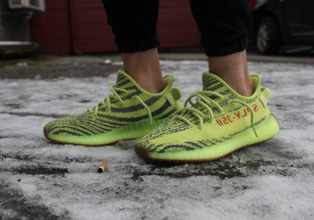 adidas Yeezy 350 V2 'Semi-Frozen Yellow