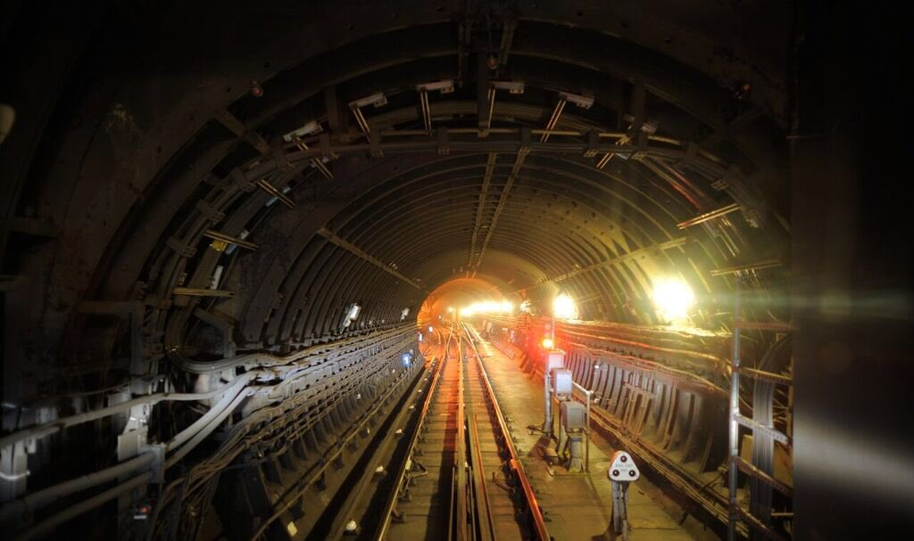 DyQO521WwAAO7fo - The Victoria Line's really big 50th birthday! #3