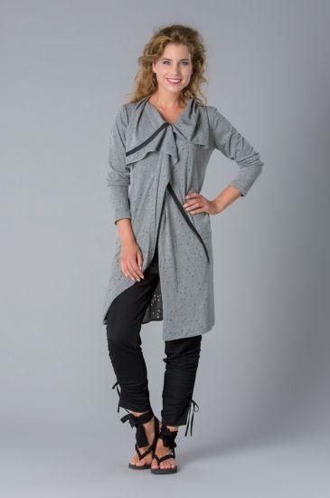 9251124a2e2a4a ...  label  dfm  dagmarfischermode  basics  simple  designer  fashion  cult   kult  moda  onlineshop  beauty http   bit.ly 2HJTRY1  pic.twitter.com s7FUyCX7S5