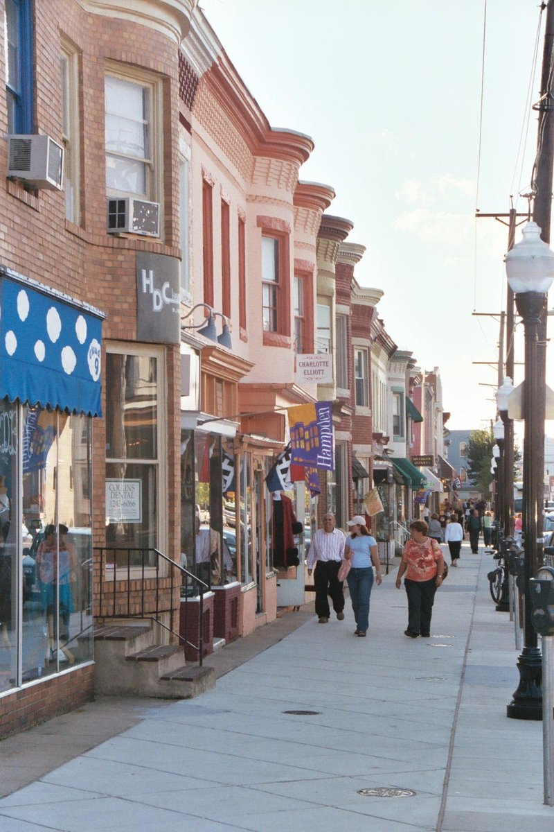 Live Baltimore On Twitter Hampden S Small Town Charm And