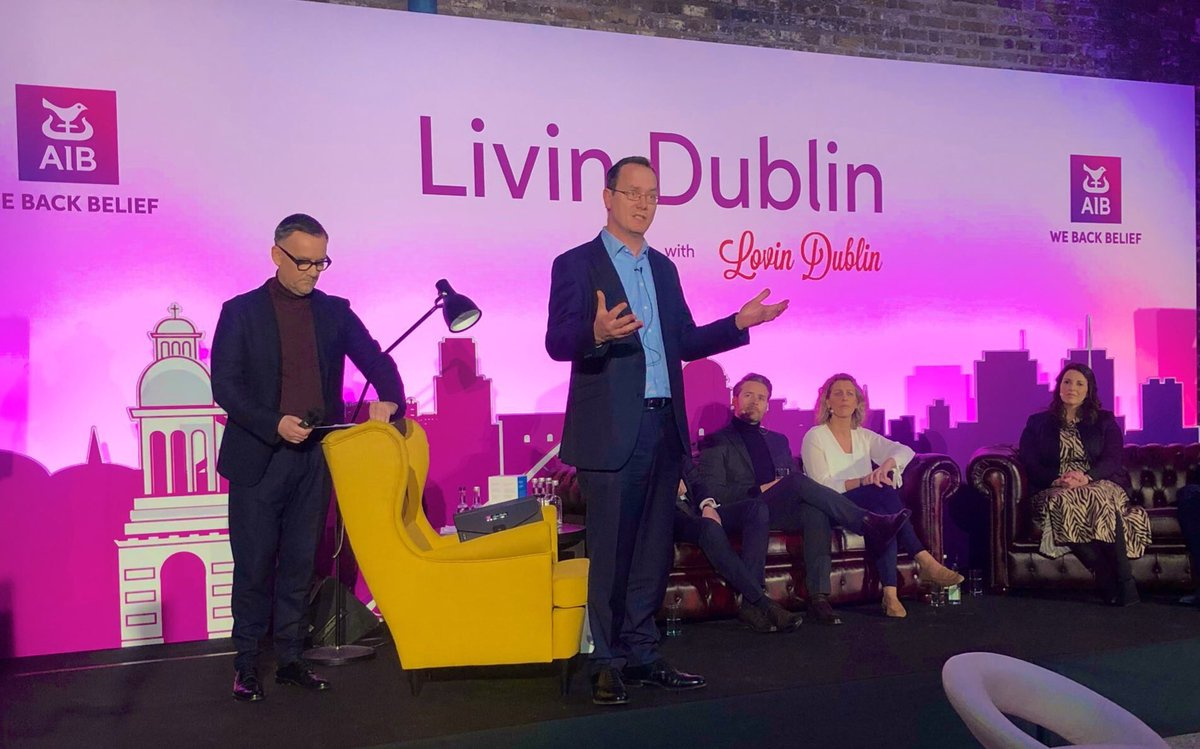 The @AIBIreland MD of Homes @TomDublinCity welcomes the room to the #AIBLivinDublin Summit 🏠🏘 - great to see so many here! 👫👭👬