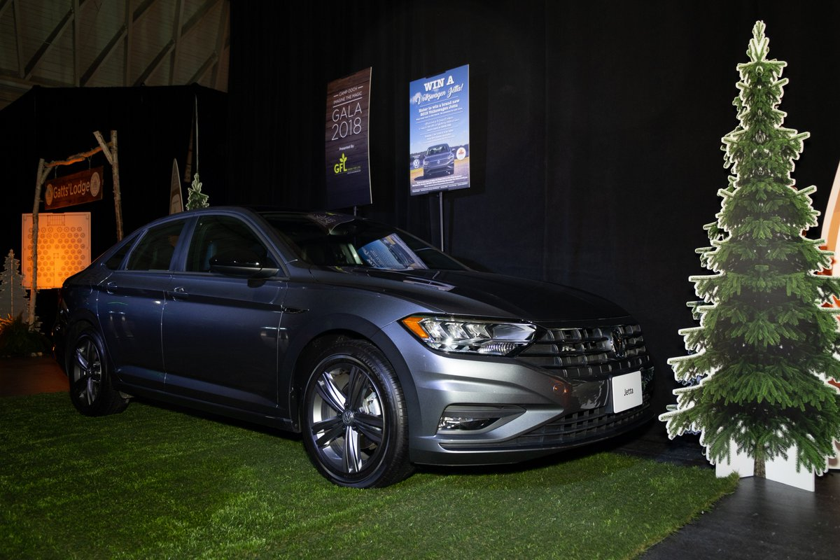 Happy #TBT! Today, we're throwing it back to our #ImaginetheMagic Gala and giving a big shout out to our friends at @VWcanada who donated the awesome raffle prize, a 2019 Volkswagen Jetta!