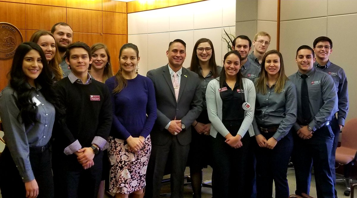 I met this week week with hardworking engineering students from @nmsu visiting the Roundhouse. We know that states with a well-educated workforce have higher wages, better jobs & growing economy. That is why we will invest in #NM education. With Rep.Micaela Cadena. #nmpol #nmleg
