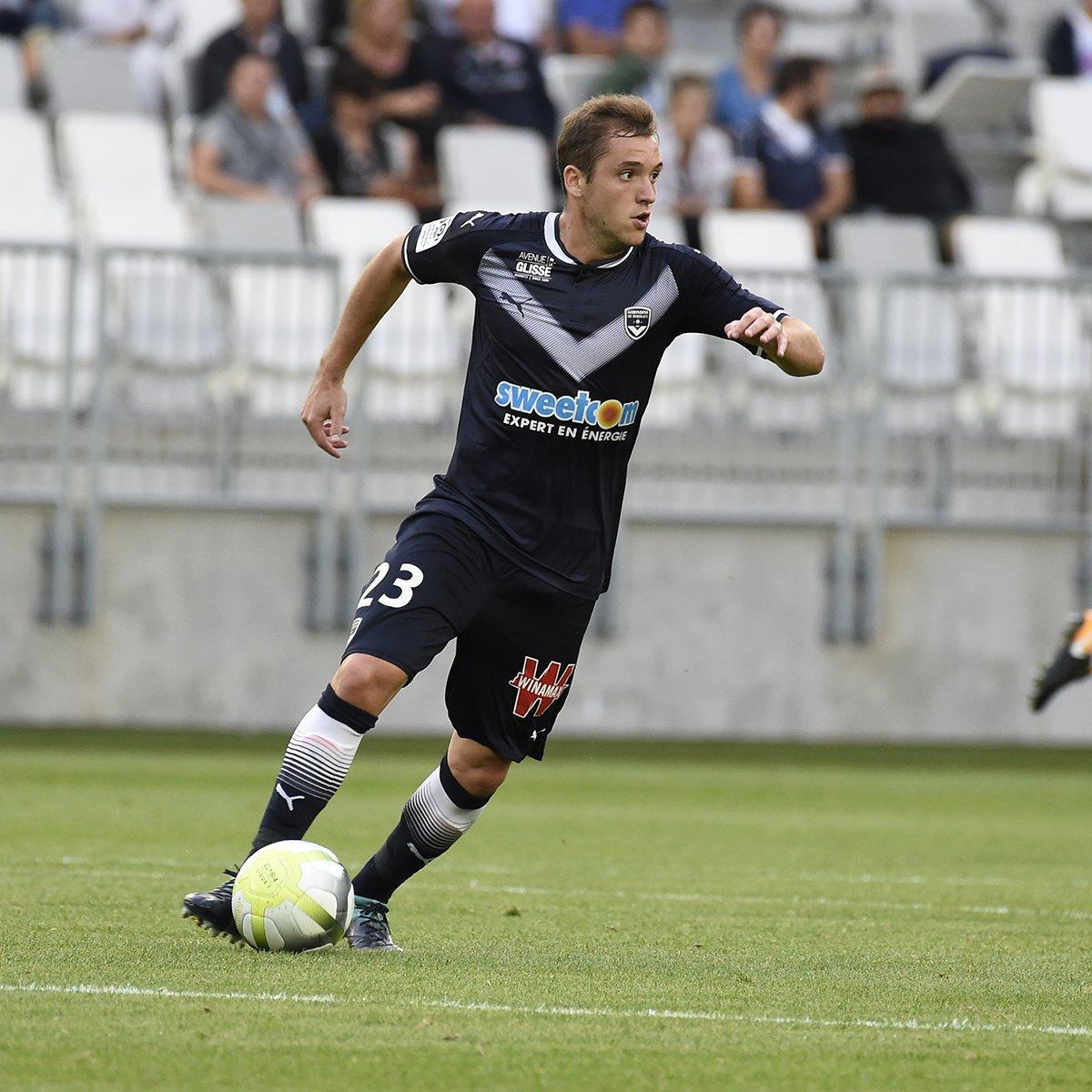 Mercato  ValentinVada est prêté sans option d achat à  ASSEofficiel  jusqu à la fin de saison. On te souhaite le meilleur dans le Forez Vale !  ... d778c591a916