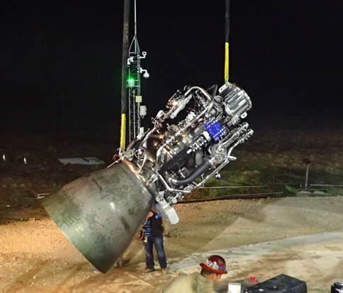 Společnost SpaceX poprvé zažehla motor pro obří loď Starship