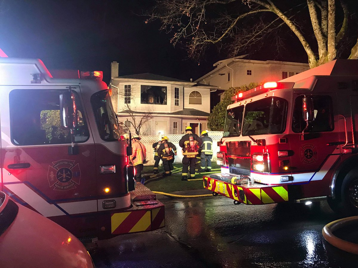 Astounding Van Fire Fighters On Twitter Crews Responded To A House Download Free Architecture Designs Scobabritishbridgeorg