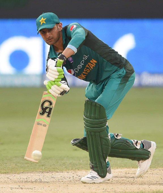 Happy birthday  My favourite player  Shoaib malik