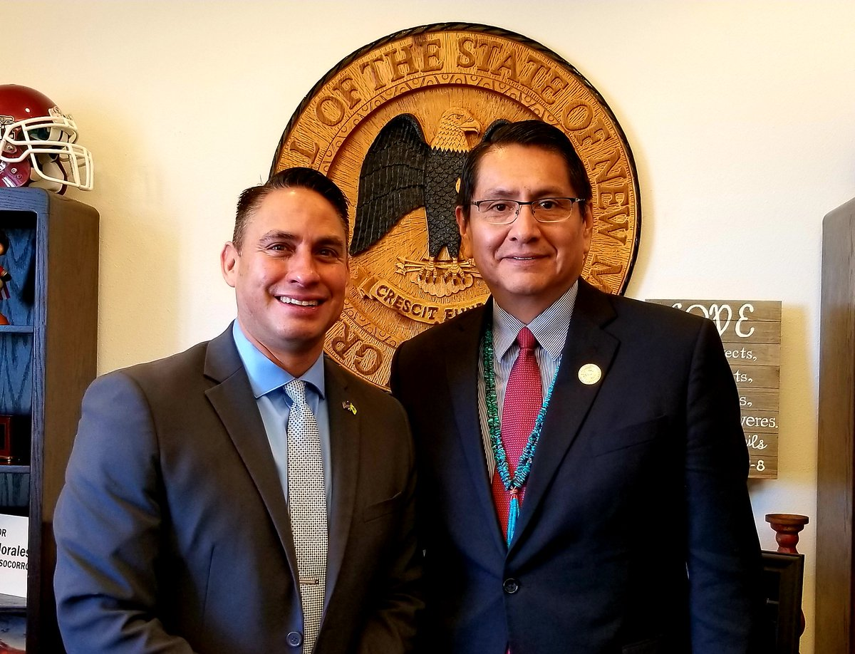 It was my great honor today to meet new President of the Navajo Nation, Jonathan Nez, who is attending the wonderful events in the #NM State Capitol marking American Indian Day. #nmleg #nmpol @navajotimes
