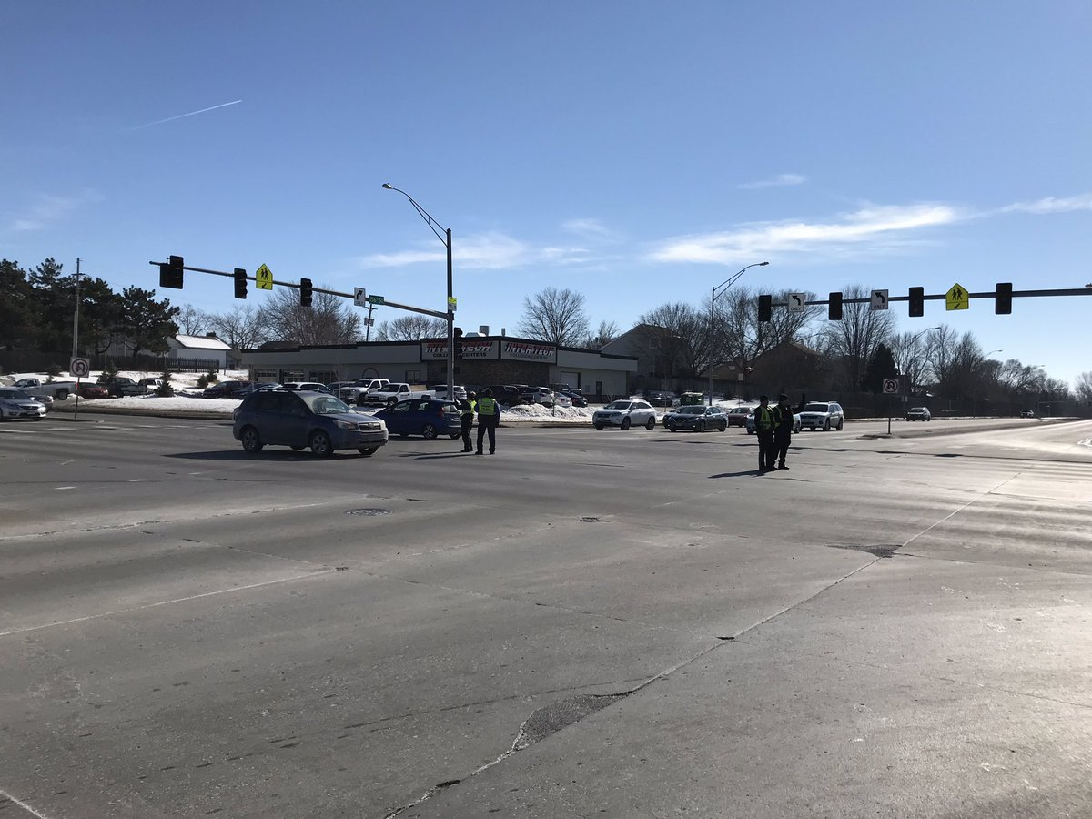 Omaha Police Dept On Twitter Traffic Control At Big Intersections