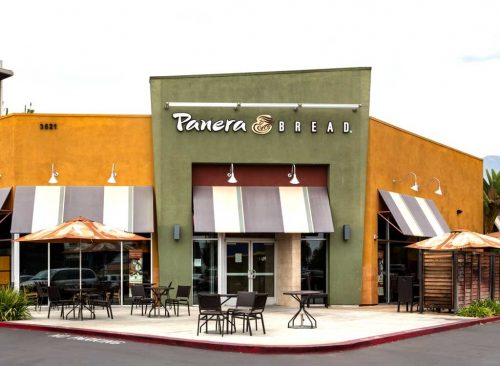 We ranked @panerabread's entire soup, sandwich, and salad menu for nutrition. https://www.eatthis.com/panera-menu-ranked/ …