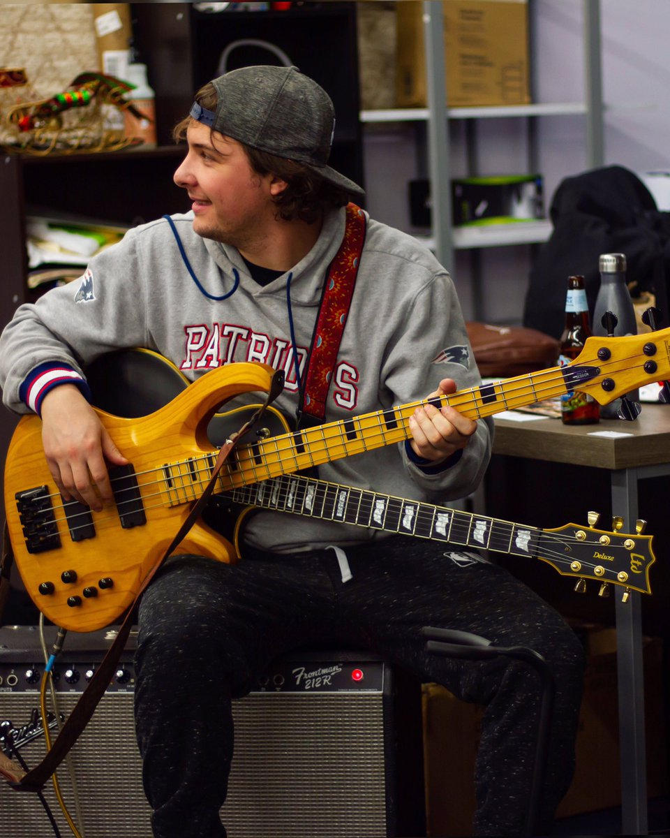 @matty_hugz from @thesunsetkings  #guitarplayers #bassplayers #bostonmusicians #bandmates #bandmembers #rawtalent #musician #bostonmusic #bostonmusicscene #bostonband #indieband #rockfusion #genrebending #thesunsetkings #aquarius #aquariusseason #aquariusbirthday