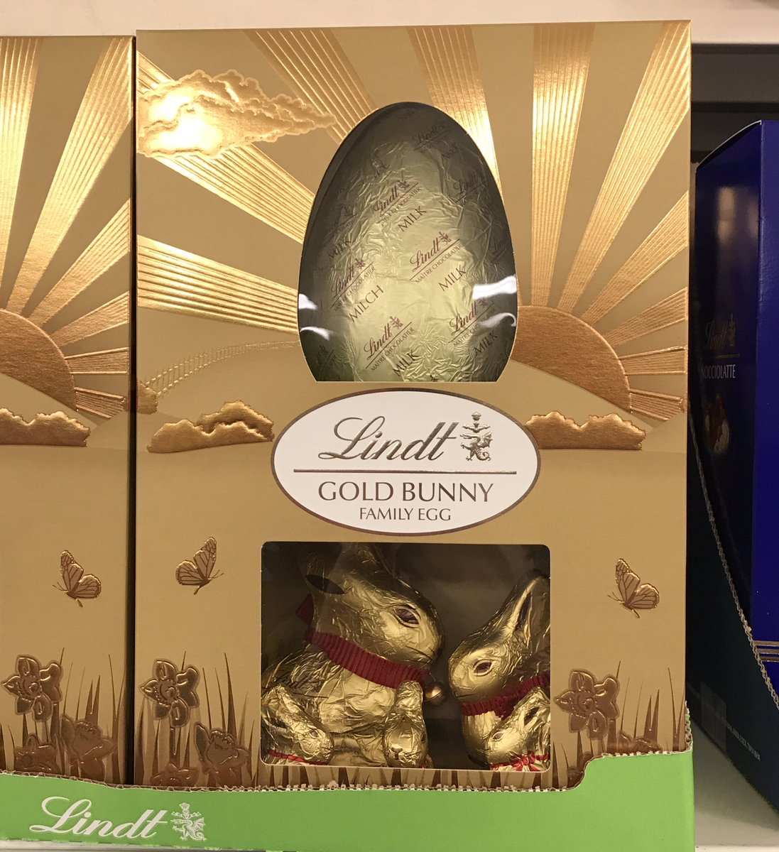 Well This Is New On Twitter Lindt Gold Bunny Easter Eggs