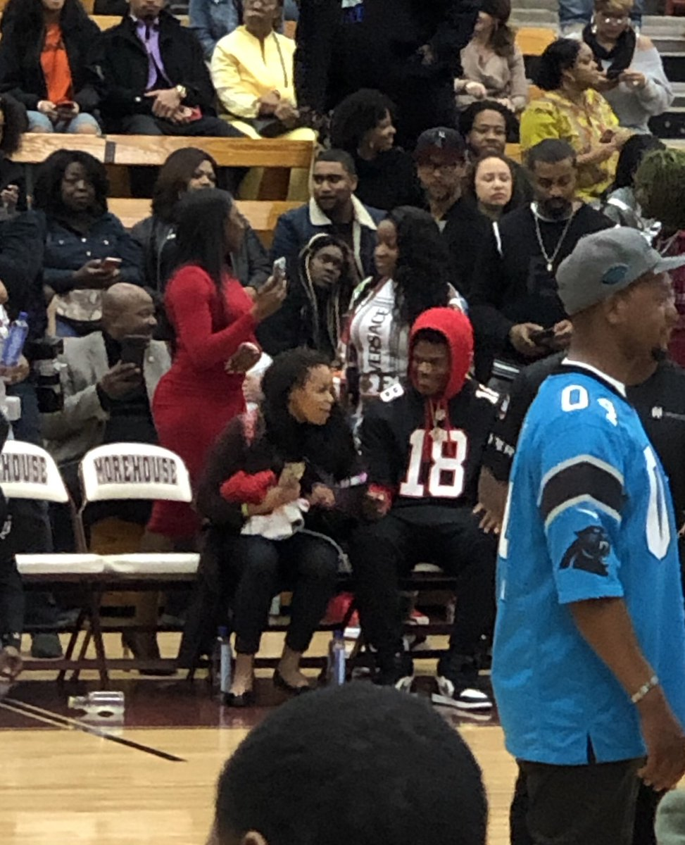 Robert Littal Bso On Twitter Lamar Jackson Showing Love To Calvin Ridley At This Celebrity Basketball Game