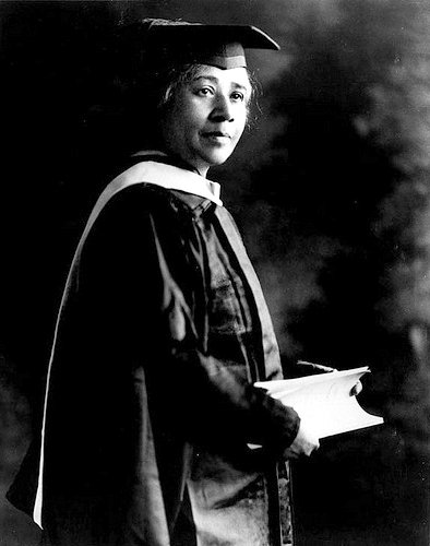 In 1925, at the age of 67, Anna Julia Cooper defended her dissertation at the Sorbonne, becoming the fourth African American woman to take the Ph.D., and the first to complete the Ph.D. in History #LiftingAsWeClimb #BlackHistoryMonth2019 #Foremothers https://t.co/GO02gyA7dn