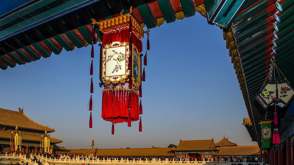 Royal lanterns illuminate Forbidden City for Chinese New Year #SpringFestival2019