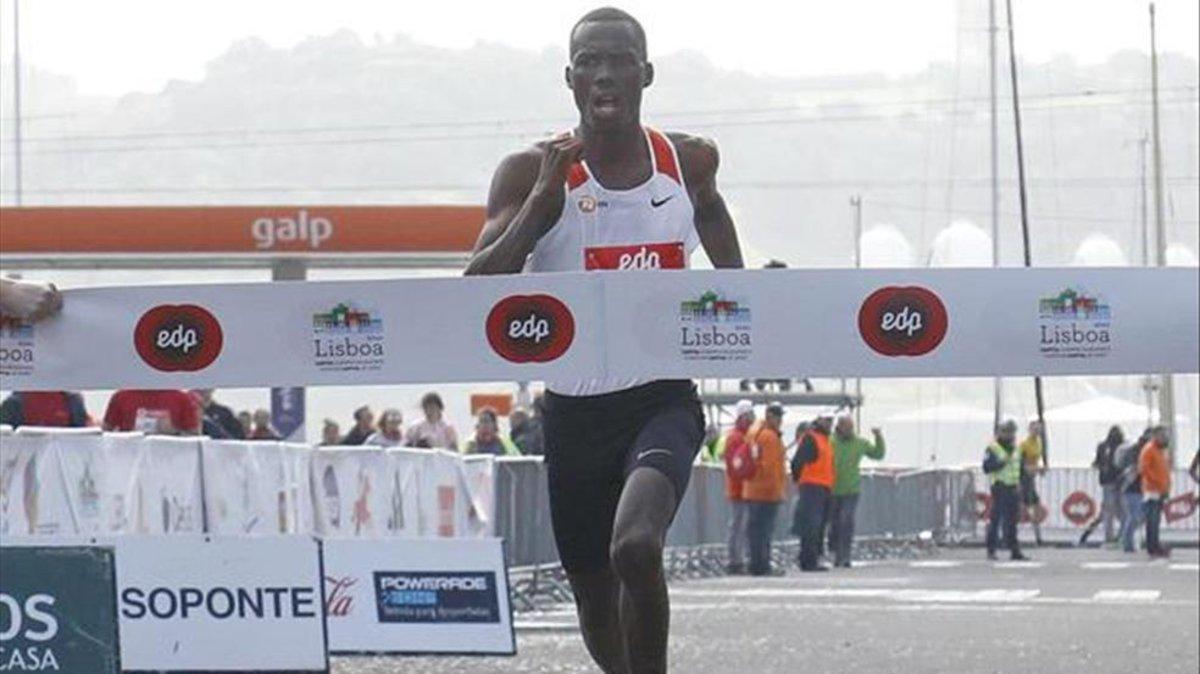 Kiptanui y Dereje imponen su ley en el Medio Maratón de