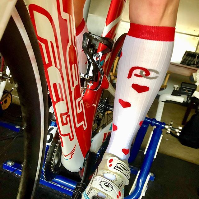 Ride after a long run.  #heartsocks @procompression #procompressionambassador #ad @feltbicycles @cycleyou_lex #alwaystraining #bestsocksever  http:// bit.ly/2GyAjDK    <br>http://pic.twitter.com/EGqAGDpJcP